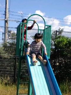 ガキ共と公園行ってきたよ〜!(b^ー°)