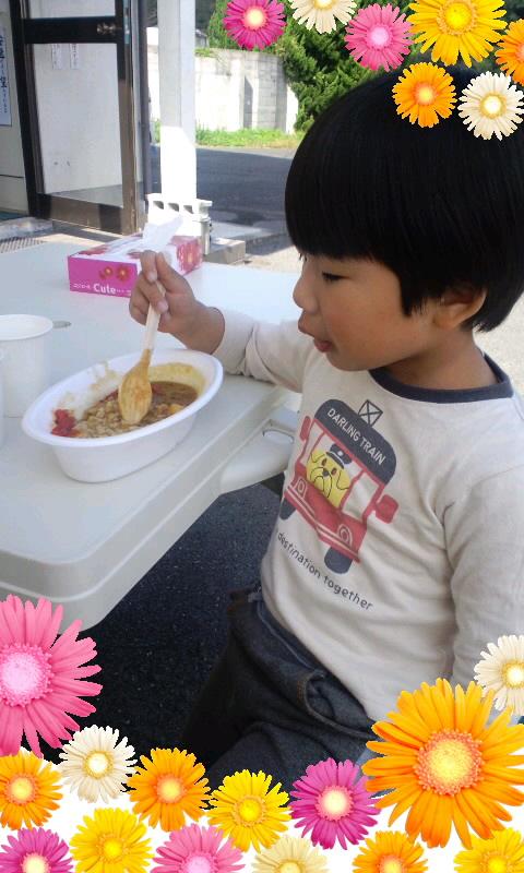 坂本油化でカレー食べましたよ〜♪〜θ(^0^ )