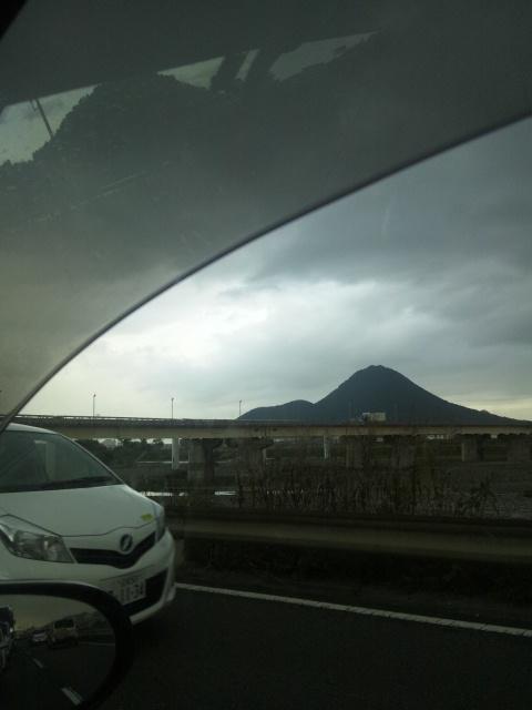雨の近江富士ですわ(  ̄▽ ̄)