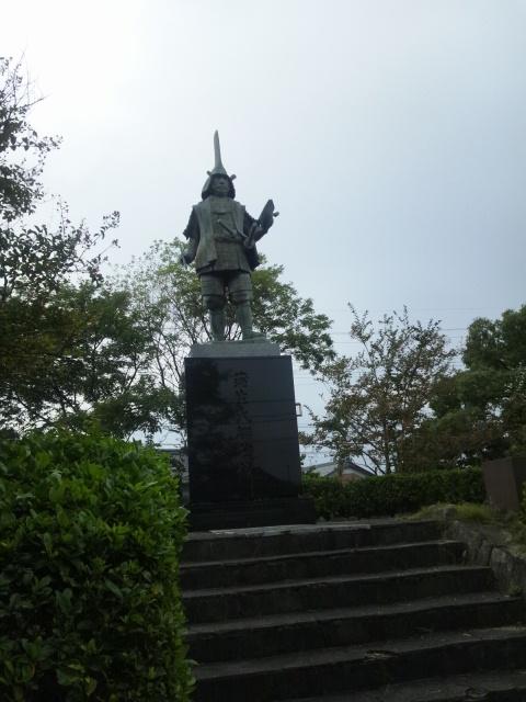 蒲生氏郷の銅像だ〜o(*⌒―⌒*)o
